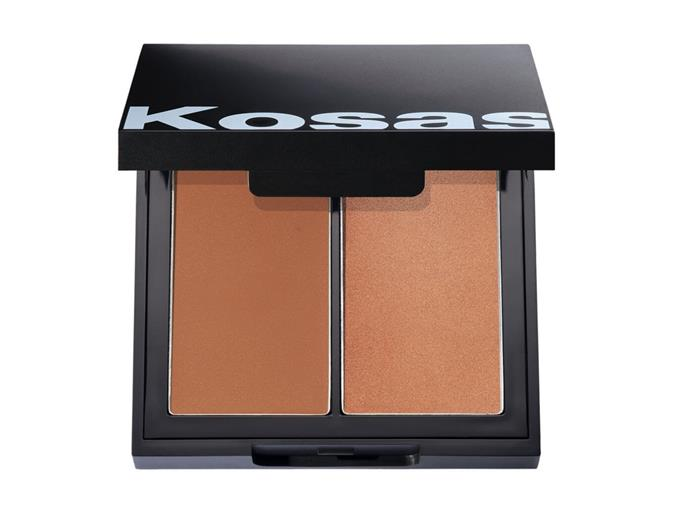 "**Cheeks** <br><br> The supermodel has shared her love of the clean beauty brand Kosas before, even featuring the brand's founder on her channel, and she's particularly a fan of their cheek duos. She uses the darker shade of this palette as a blushy-bronzer hybrid. <br><br> *Colour & Light Creme Palette by Kosas, $54 at [MECCA](https://www.mecca.com.au/hourglass/arch-brow-volumizing-fiber-gel-blonde/I-031532.html?gclid=Cj0KCQjwit_8BRCoARIsAIx3Rj5YwI-MoeqNYhNOh8U92H8AHX_7lIPguptKoweX6gfh6k9N3btbzrEaAqSKEALw_wcB&gclsrc=aw.ds|target=""_blank""