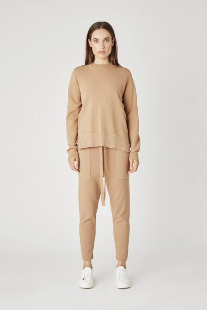 "[Warm 'Charlton' crew](https://www.camillaandmarc.com/products/warm-charlton-crew-grey-melange|target=""_blank""