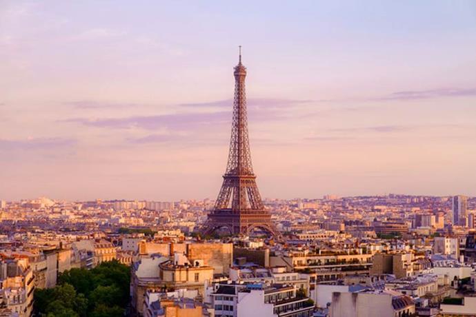 **2. Paris**