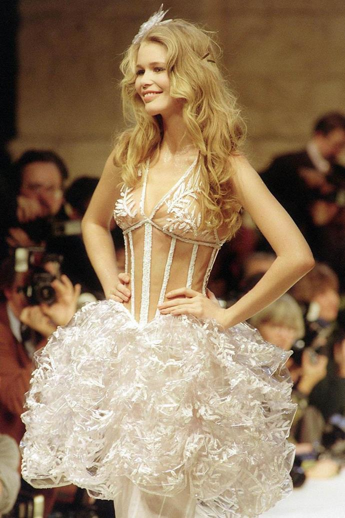 Claudia Schiffer at Chanel Haute Couture spring/summer '94.