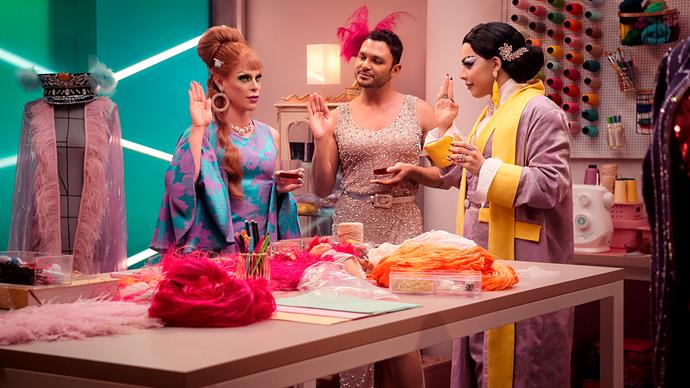 ***A Queen Is Born (Nasce Uma Rainha)*** **(11/11/2020)**<br><br>  Gloria Groove and Alexia Twister make drag dreams come true as they help six artists find the confidence to own the stage in this makeover show.