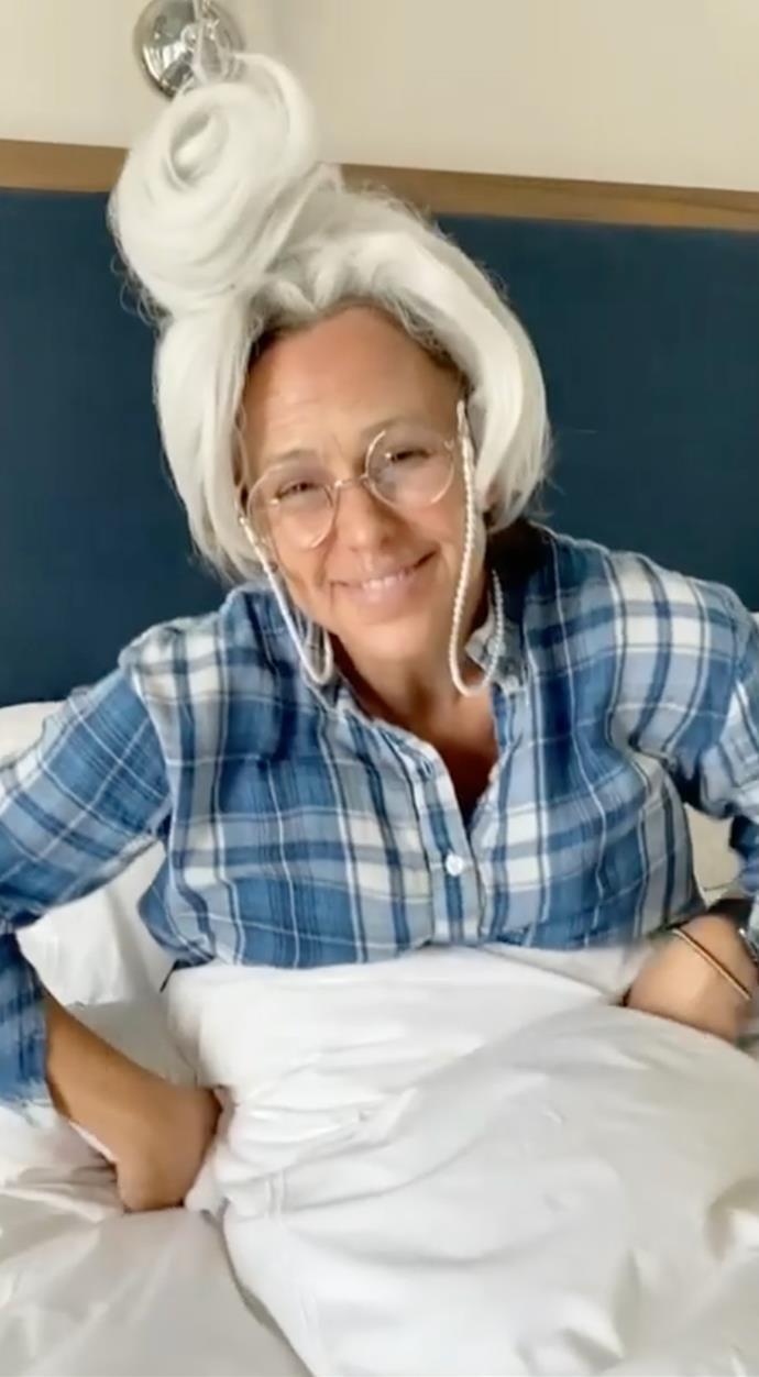 Jennifer Garner as the grandmother emoji.