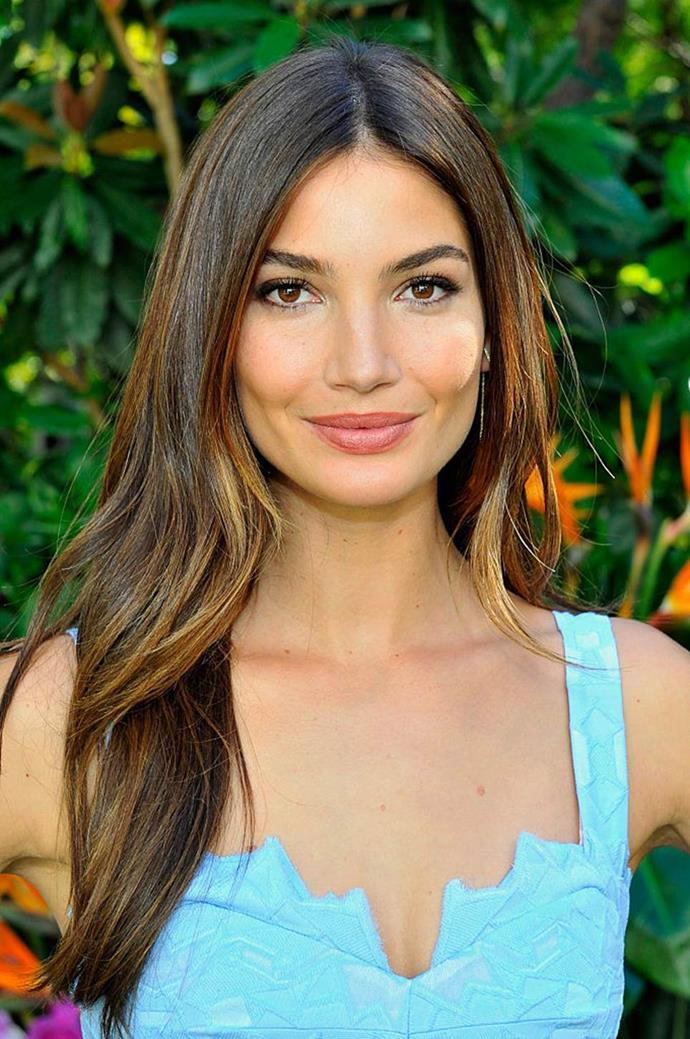 "**Lily Aldridge** <br><br> Although she briefly donned a [short, platinum-blonde wig](https://www.harpersbazaar.com.au/beauty/lily-aldridge-blonde-hair-18967|target=""_blank"") in July 2019 (and looked amazing while doing it), Aldridge has never officially strayed from her long, balayage-brunette waves. ""Never, ever!"" Aldridge told *[ELLE Canada](https://www.ellecanada.com/beauty/victorias-secret-angel-lily-aldridge-shares-her-hairstyle-secrets/