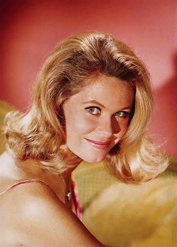 **1969: The Flip**<br><br>  Although 'The Flip' hairstyle first appeared in the early '60s on Jacqueline Kennedy Onassis, it made a softer, more relaxed comeback towards the end of the decade on *Bewitched's* Elizabeth Montgomery.