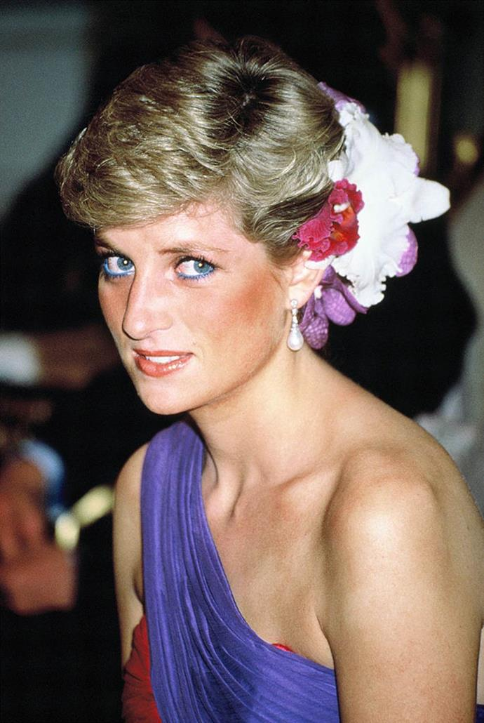 """**1988: Blue eyeliner**<br><br>  Although Princess Diana's makeup artist, Mary Greenwell, [reportedly](https://www.businessinsider.com/the-reason-princess-diana-stopped-wearing-blue-eyeliner-2017-9/?r=AU&IR=T