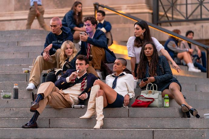 Evan Mock, Emily Alyn Lind, Thomas Doherty, Eli Brown, Jordan Alexander, Zion Moreno and Savannah Lee Smith are seen filming for 'Gossip Girl' outside the Metropolitan Museum of Art in the Upper East Side on November 10, 2020 in New York City.