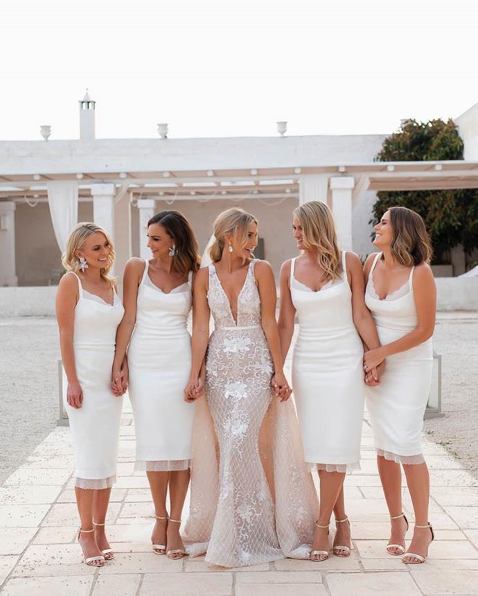 "**Anna Heinrich**<br><br>  *The Bachelor* Australia winner Anna Heinrich in a $15,000 Steven Khalil gown at her Puglia wedding to Australian *Bachelor*, Tim Robards.<br><br>  *Image via [@annaheinrich1](https://www.instagram.com/p/BlkeSZunJ_t/|target=""_blank""|rel=""nofollow"")*"