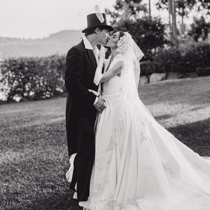 """**Lisa Origliasso**<br><br>  The Veronicas' Lisa Origliasso wearing her J'Aton Couture gown at her 2018 Sunshine Coast wedding to actor Logan Robert Huffman.<br><br>  *Image via [@lisa_veronica](https://www.instagram.com/p/BrqoHHolZoe/