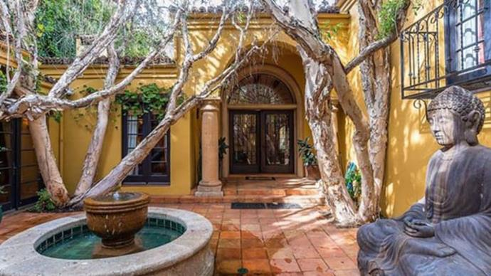 """**Kendall Jenner's house** <br><br> When she's not travelling around the world working as a model, [Kendall Jenner resides in a $11.6 million home](https://www.elle.com.au/celebrity/kendall-jenner-house-23814