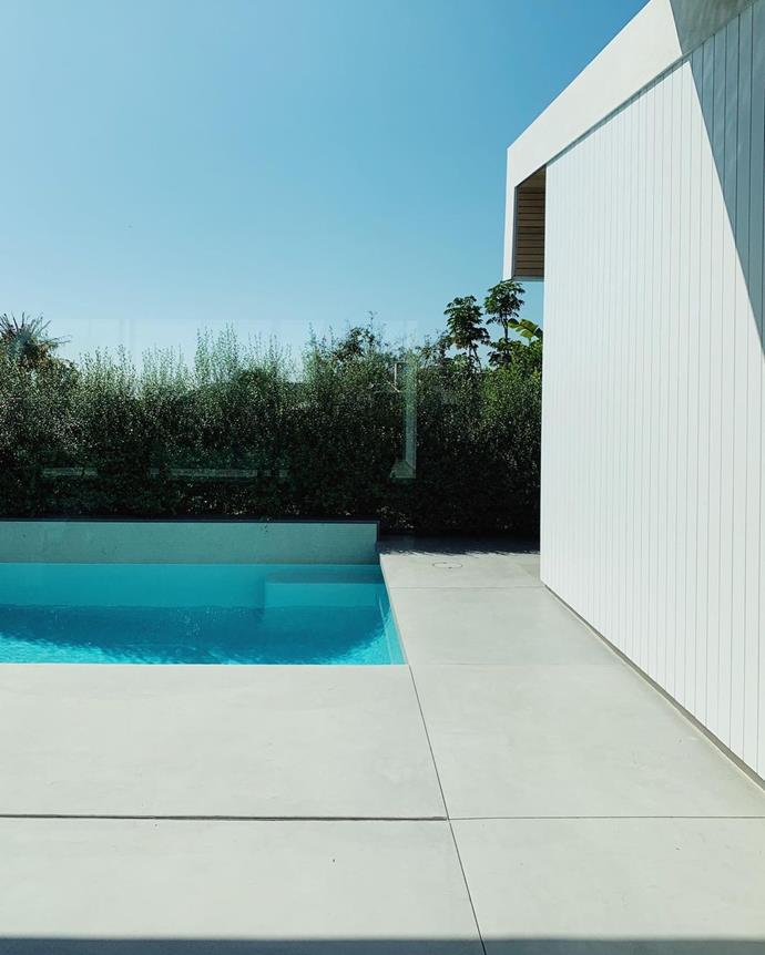 A little peek at the pool.