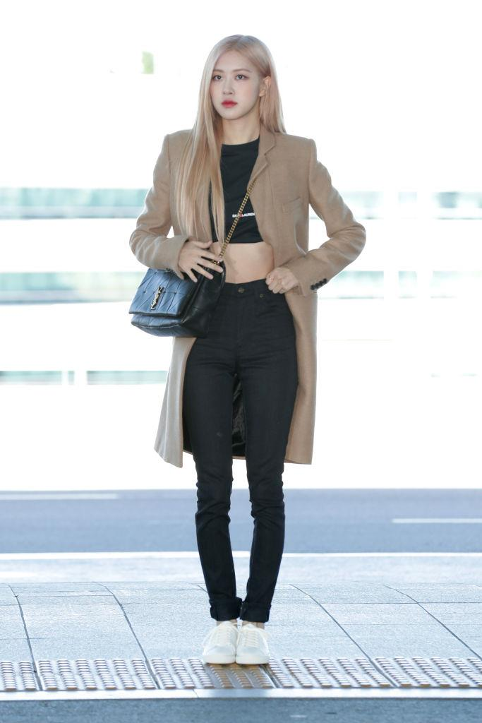 **Rosé**<br><br>  Giving us athleisure elegance at the Incheon International Airport in Setpember 2019.