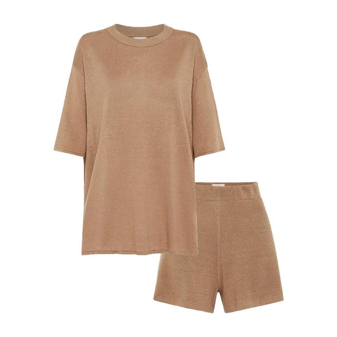 """[Knit tee](https://www.st-agni.com/products/copain-knit-tee-3