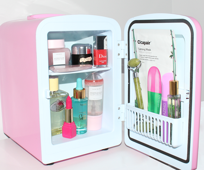 """**For The Skincare Queen Who Has It All**<br><br>  If your loved one has already got *all* the skincare—give them something to stash it in! Ideal for storing their go-to products at a cool four degrees Celsius, or heat them up to 40ºC (hello, hot towels!), this Insta-friendly [beauty fridge](https://www.elle.com.au/beauty/beauty-fridge-review-21275 target=""""_blank"""") will chill their favourite [sheet masks](https://www.elle.com.au/beauty/best-korean-sheet-masks-17843 target=""""_blank""""), [jade rollers](https://www.elle.com.au/beauty/do-jade-rollers-actually-work-15808 target=""""_blank"""") and [serums](https://www.elle.com.au/beauty/best-serums-sensitive-skin-24237 target=""""_blank"""") for a number of reported benefits, including deeper penetration and an extended shelf life. And sure, while one could technically use an actual fridge, the idea of mixing one's La Mer with one's mayo isn't exactly appealing, but this mini chiller in its pretty pink hue definitely is. Not into pink? It also comes in classic black and white colourways. <br><Br>  *Beauty Fridge by Beauty Bridge, $97 at [Beauty Fridge](https://au.beautyfridge.com/ target=""""_blank"""" rel=""""nofollow"""")*"""