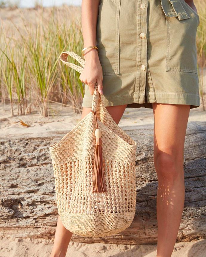 """**Mar Y Sol** <br><br> Unique, eco-friendly and ethically made straw bags made from local artisans in Madagascar. <br><br> [*Shop them here.*](https://www.shopbop.com/mar-sol/br/v=1/7267.htm