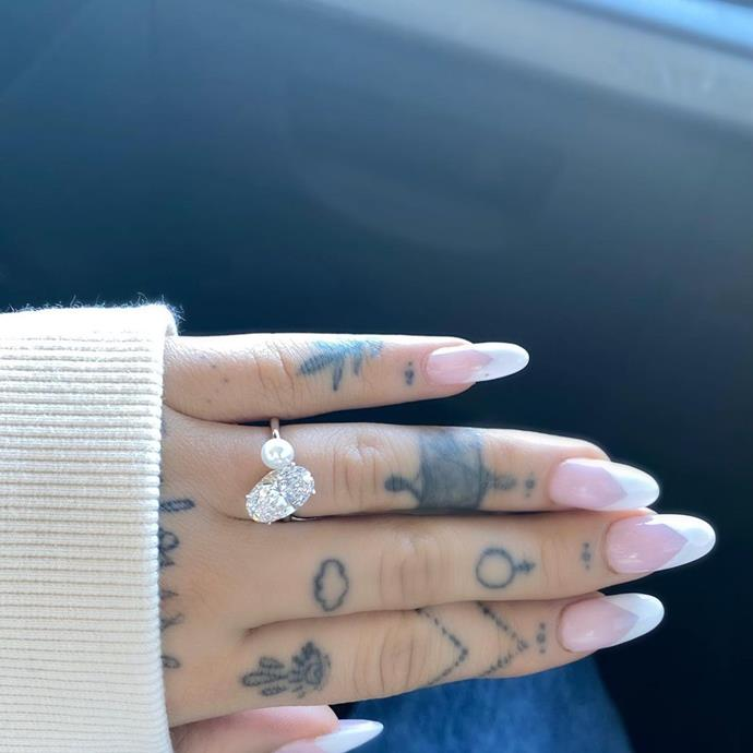 """**Ariana Grande**  Ariana Grande, who announced [her engagement](https://www.elle.com.au/celebrity/ariana-grande-dalton-gomez-engaged-24435