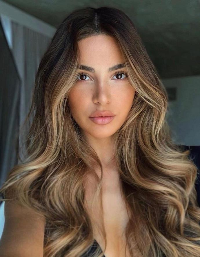 """**LIVED-IN HONEY CARAMEL**<br><br>  **Renya Xydis, Creative Director and Founder of [Valonz](https://www.valonz.com.au/