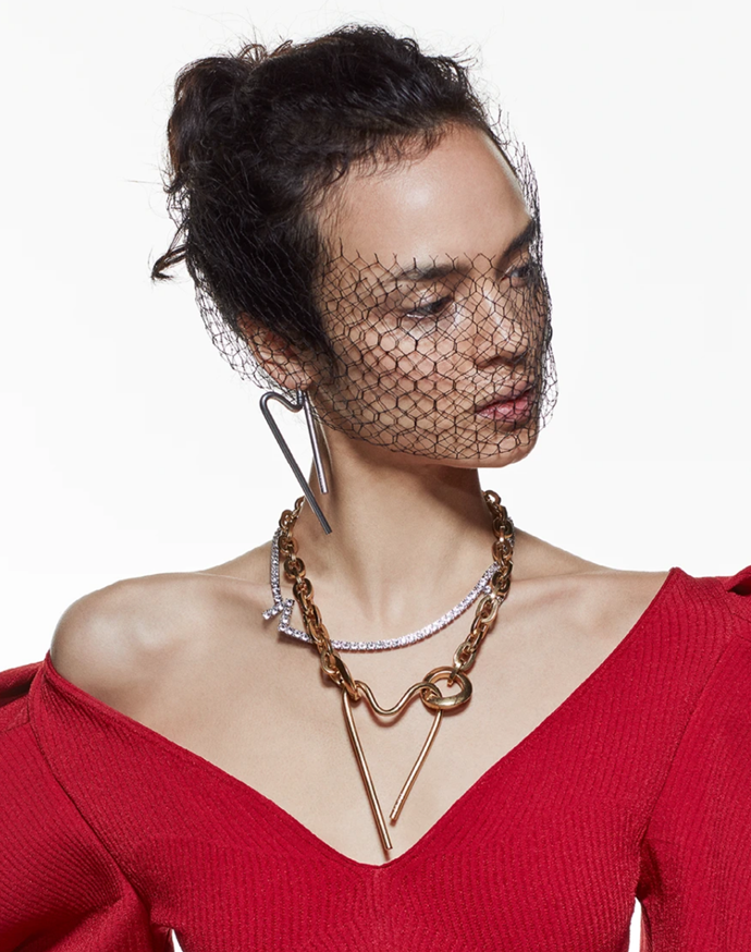 """Heart Pendant in gold, also available in silver, $605 at [Alber Elbaz](https://www.azfactory.com/products/heart-necklace-gold