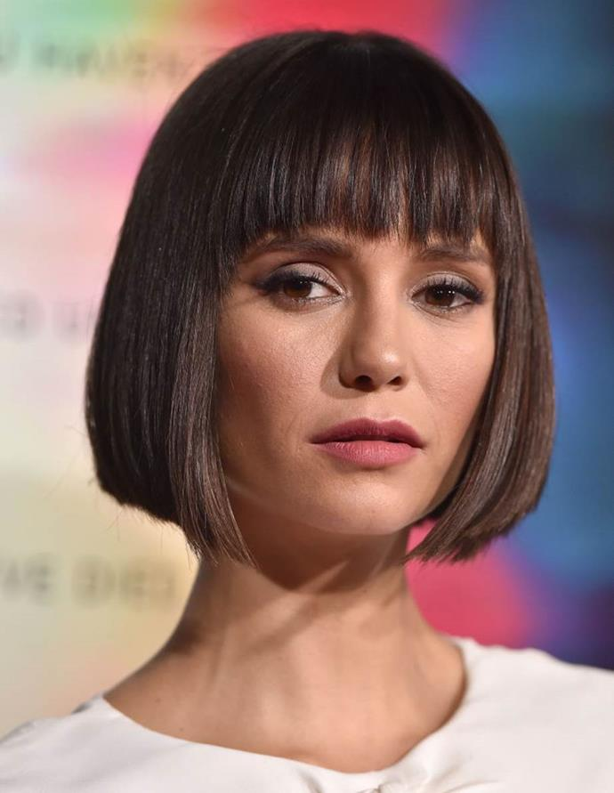 """***Out: Blunt Fringes***<br><br>  Bold, blunt [fringes](https://www.elle.com.au/beauty/fringe-for-face-shape-19345 target=""""_blank"""") may be eternally chic, but the level of upkeep to ensure they look fresh? A little too much for 2021 (are we sensing a theme here?). Razor sharp ends and thick, forehead covering cuts are best out of the equation for some time.<br><br>  *Image: Getty*"""