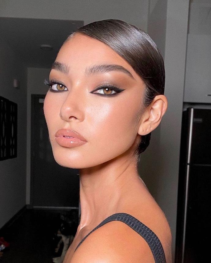 """***Out (But Not Really): Black Eyeliner***<br><br>  Is black ever really out of style? No. Can it take a well-deserved break now and then? Yes—and consider 2021 a timely opportunity to let the standard black eyeliner sit pretty on your dresser for a while, so you can experiment with... [to be continued].<br><br>  *Image: [@jentioseco](https://www.instagram.com/jentioseco/ target=""""_blank"""" rel=""""nofollow"""")*"""