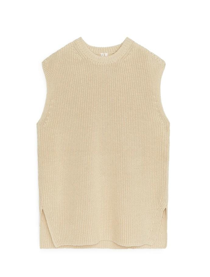 """Knitted Vest, $79 at [ARKET](https://fave.co/3tapwEB