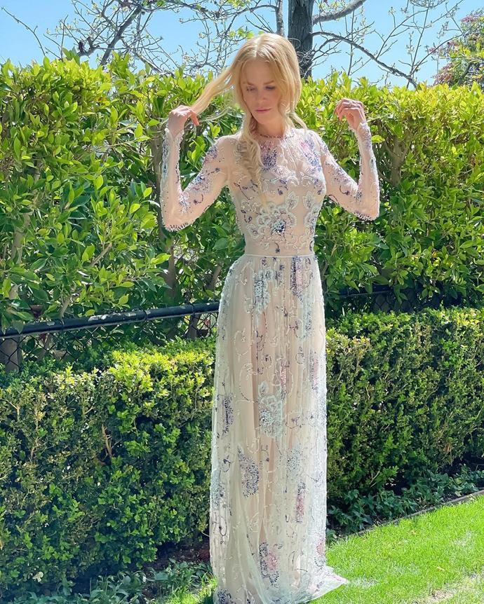 "Nicole Kidman in Giorgia Armani. <br><br>Image via Instagram [@nicolekidman](https://www.instagram.com/p/CNQ196XJQ9J/ target=""_blank"" rel=""nofollow"")."
