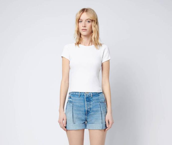 """RE/DONE 90s Ribbed Cap Sleeve Tee, $145; at [RE/DONE](https://shopredone.com/collections/solid-tees/products/90s-ribbed-cap-sleeve-tee-optic-white?variant=22599137329210