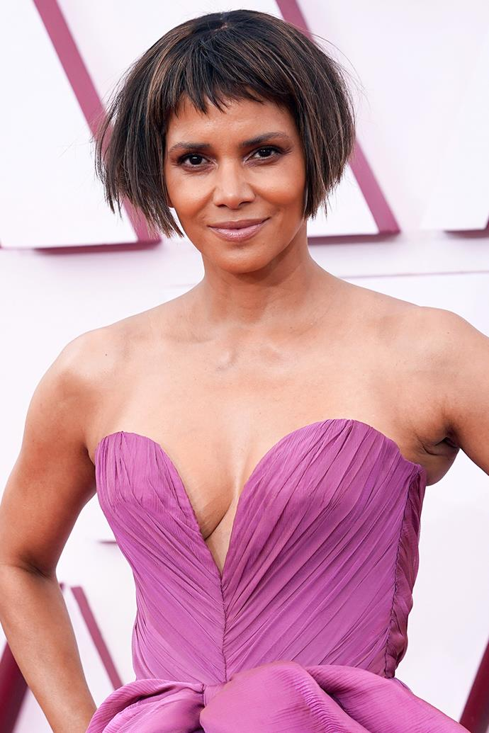 Halle Berry stunned in a short, layered bob with a micro fringe, a mauve eye and a neutral lip.