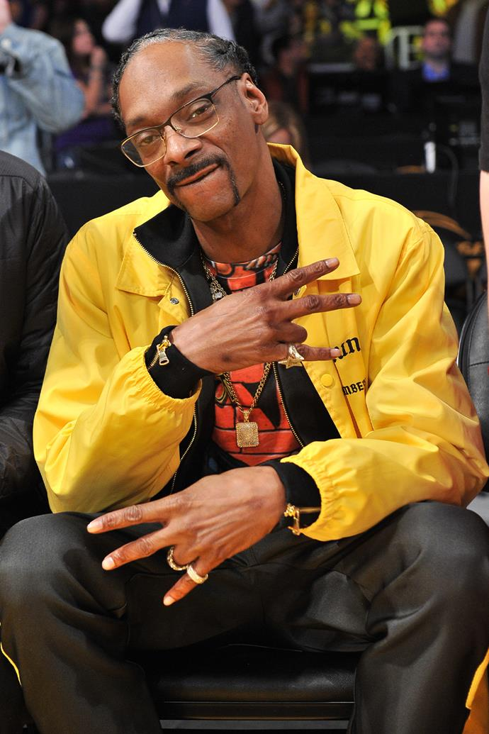 "**Snoop Dogg**<br><br>  Snoop Dogg, unashamedly, unabashedly, unreservedly smokes bulk weed. The rapper's love of marijuana is a staple of his lyrics, his interview subject matter, it's discussed in his cookbooks and in 2017 he admitted to Vibe the only person who has been able to outsmoke him is country music legend Willie Nelson.<br><br>  As for setting examples as a parent, Snoop Dogg [has explained](https://www.vibe.com/news/entertainment/snoop-dogg-out-smoked-by-willie-nelson-481379/|target=""_blank""