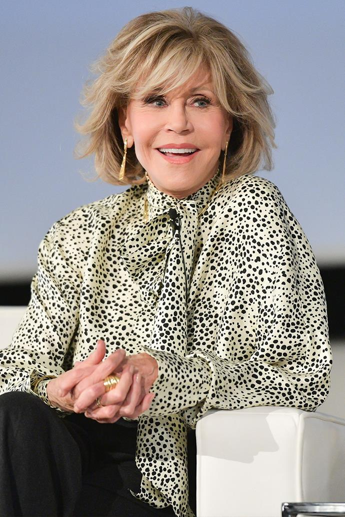 "**Jane Fonda**<br><br>  Actress and activist legend Jane Fonda is a fan of CBD products for pain  and discomfort caused by her osteoarthritis. She also shared that she [uses a weed pen](https://www.foxnews.com/entertainment/jane-fonda-weed-pen|target=""_blank""
