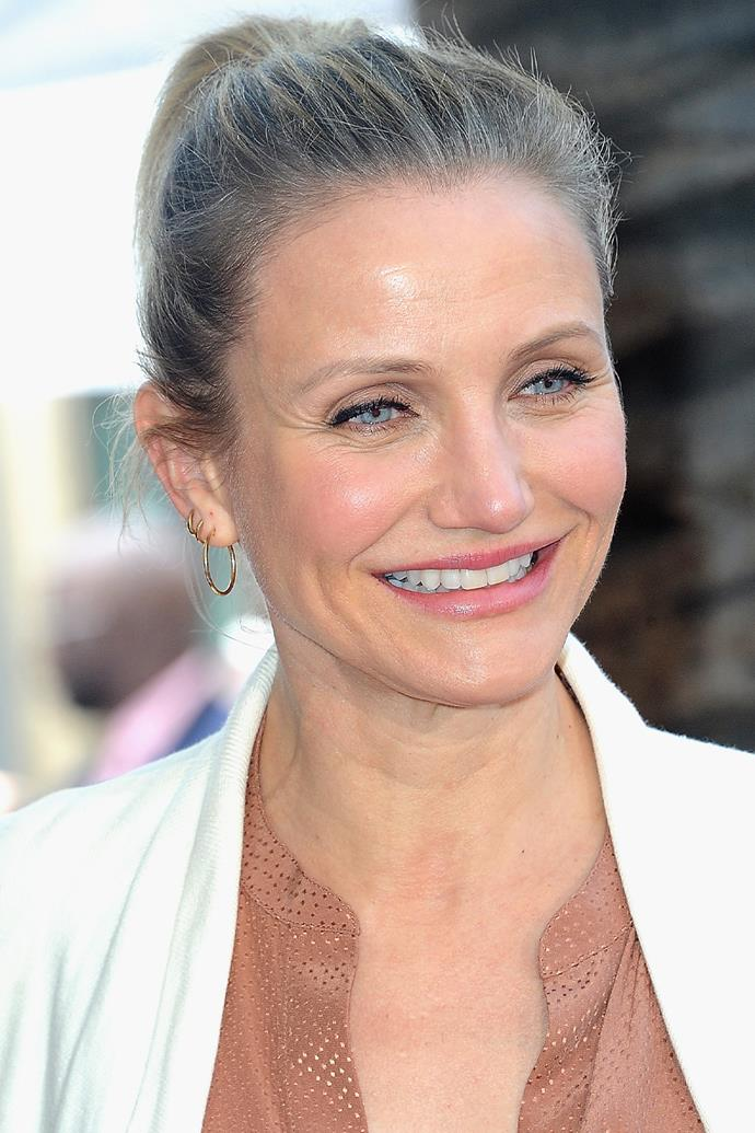 "**Cameron Diaz**<br><br>  A fame connection we hadn't made until now? Cameron Diaz and Snoop Dogg. The pair went to high school together, and per an interview with George Lopez from 2011, Diaz claimed the pre-fame rapper sold her weed. It's an anecdote Snoop himself has [confirmed](https://www.youtube.com/watch?v=7ziit5_OjoU&ab_channel=kiaboo368|target=""_blank""