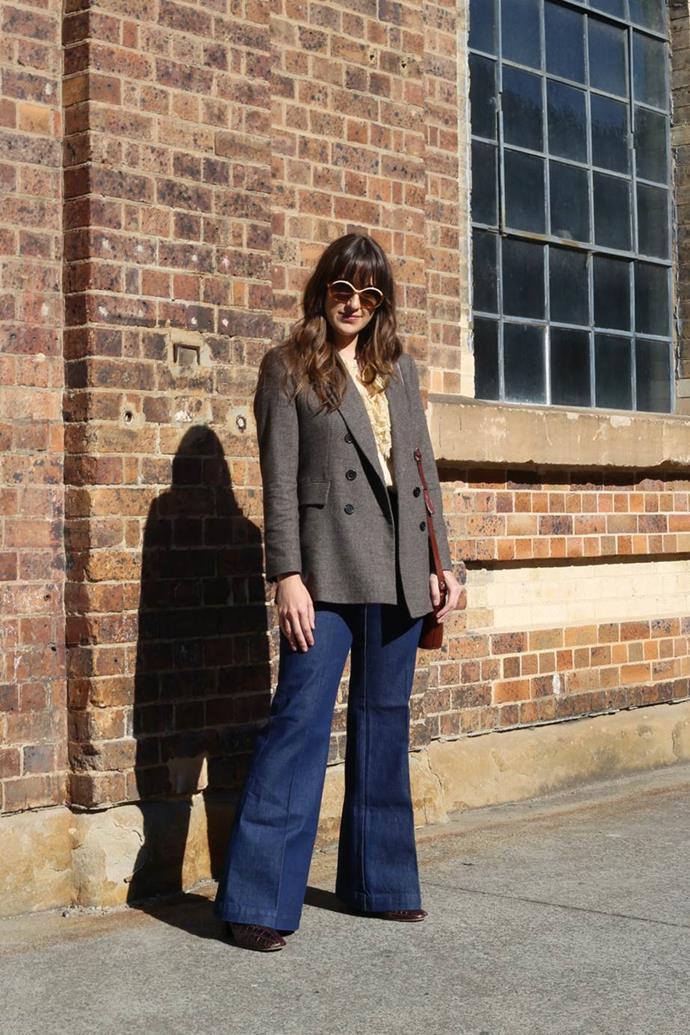 "Melissa Mason ([@melissamason_](https://www.instagram.com/melissamason_/?hl=en target=""_blank"" rel=""nofollow"")) wearing Zara blazer, Chasing Unicorns blouse, Rolla's jeans, vintage sunglasses and bag. Photography by: [Nikki Chowdhury](https://www.instagram.com/nikkidury/?hl=en target=""_blank"" rel=""nofollow"")"