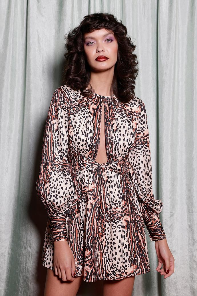 """**'70s Meets '80s** <br><br> Retro styling was all the rage at this year's shows, with '70s and '80s influences taking centre stage. Thanks to [Alice McCALL's Resort '22 show](https://www.elle.com.au/beauty/australian-fashion-week-2021-alice-mccall-beauty-1980s-25327