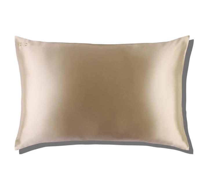 "Caramel Queen Envelope Pillowcase, $95 at [Slip](https://fave.co/3x1A8Yr|target=""_blank""|rel=""nofollow"")."