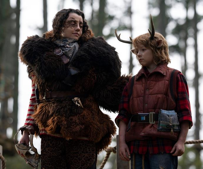 """**Stefania LaVie Owen as Bear** <br><br> Stefania LaVie Owen joins Netflix's *Sweet Tooth* as Bear, the leader and founder of the Animal Army who helps save hybrids. While the outspoken leader goes by Bear, viewers later find out her real name is Rebecca """"Becky"""" Walker.  <br><br>  The New Zealand-American actress has appeared in several well-known productions over the years, including as Dorrit Bradshaw, aka Carrie Bradshaw's rebellious younger sister, in *The Carrie  Diaries*, as well appearing as Nicole Chance in the Hulu original psychological thriller *Chance*."""