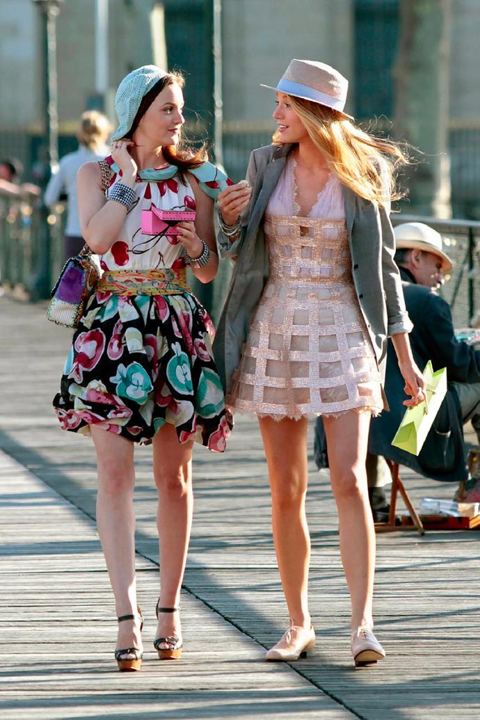 Her and Serena's rendezvous in Paris, complete with a two-print dress and turquoise beret.