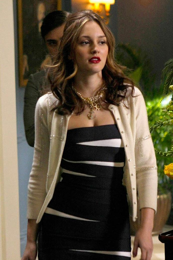 A nautical themed moment, all eyes were on Blair when she sported a figure-hugging black-and-white strapless dress with a cream cardigan, boat-themed pearls and the will to destroy her reputation one Manhattan socialite at a time.