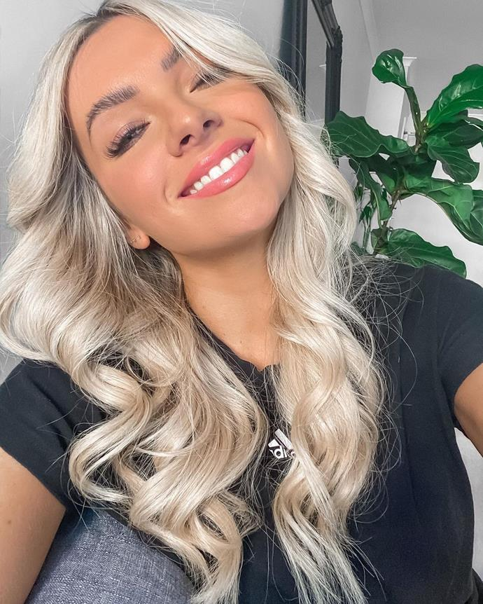 """**Tahnee Leeson**  A 27-year old corporate travel manager, Tahnee describes herself as """"mentally strong"""" and comfortable with the woman she is.  Her perfect date is a picnic or stunning restaurant with great food.   *Instagram: [@tahneerae](https://www.instagram.com/tahneerae/