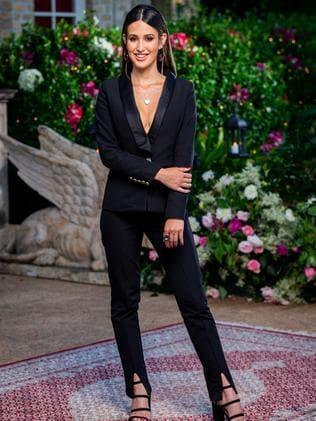 "Belinda wears a pant suit from [Bianca and Bridgett](https://biancaandbridgett.com/ target=""_blank"" rel=""nofollow"")."