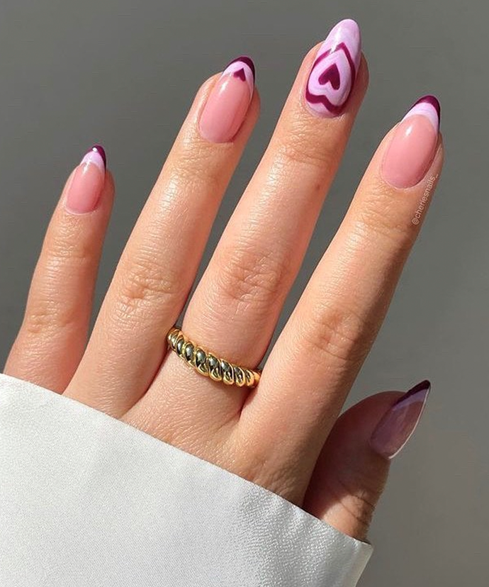 """Choosing colours closer together is an option, too; this look has three layers of purple, with two lighter hues and one standout darker shade. <br></br> *Image via: [@littleskystone](https://www.instagram.com/littleskystone/ target=""""_blank"""" rel=""""nofollow"""")*"""