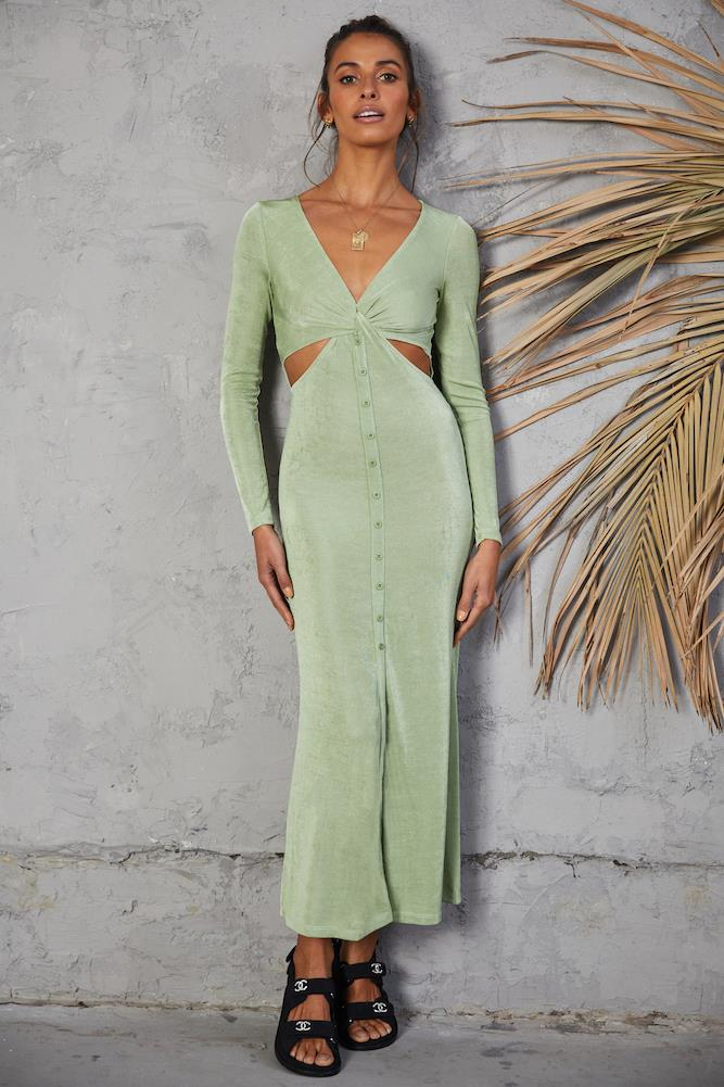 """Going Forth Maxi Dress Green, $79 from [Fortunate One](https://www.fortunateone.com/going-forth-maxi-dress-green.html target=""""_blank"""" rel=""""nofollow"""")"""