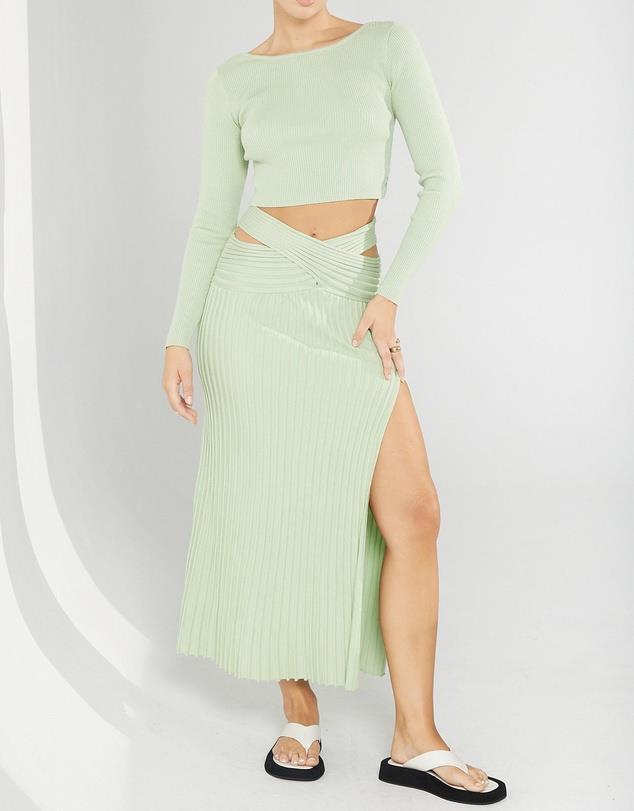 """Honour Reversible Knit Skirt, $159 from [Sovere](https://www.theiconic.com.au/honour-reversible-knit-skirt-1325140.html target=""""_blank"""" rel=""""nofollow"""")"""