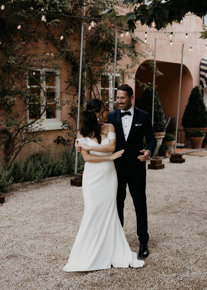 """""""We practiced our first dance 30 seconds before it happened. We danced to 'Baby, I'm Yours' by the Arctic Monkeys.""""  [Photography: Hungry Hearts Co](https://hungryheartsco.com/