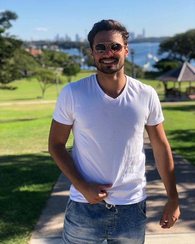"""**Ronni Krongold, 21** <br><br> A serial dater, Ronni admits to going on as many as three dates per week. Looks like *Love Island* was always his calling.  <br><br> Follow him on Instagram [here](https://www.instagram.com/ronni_krongold1/?hl=en