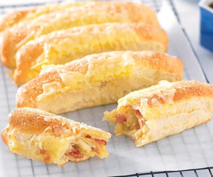 Bacon andamp; Cheese Pull Aparts