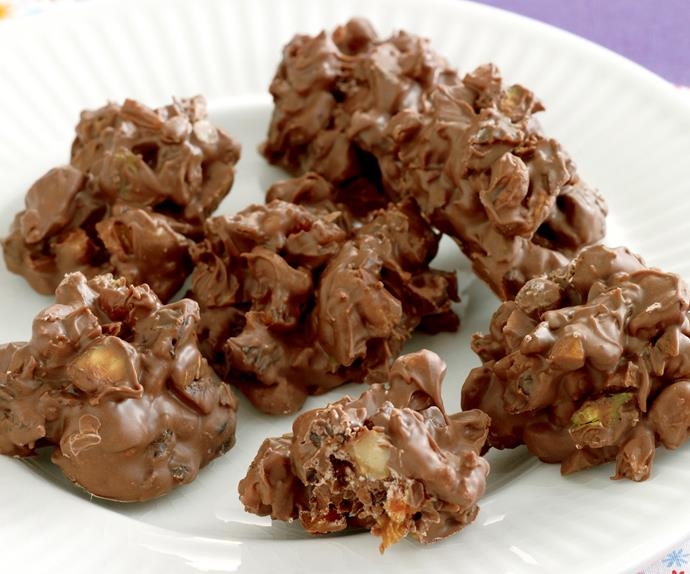 Sweets nuts - Nutty Twists - Fruit and Nut Cluster