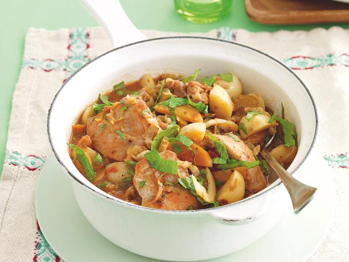 """**[Chicken hotpot](https://www.womensweeklyfood.com.au/recipes/chicken-hotpot-20709