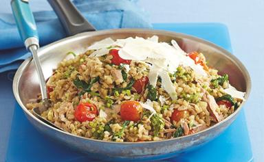 Tomato, pesto and tuna rice