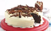 Chocolate mud cake with white chocolate ganache
