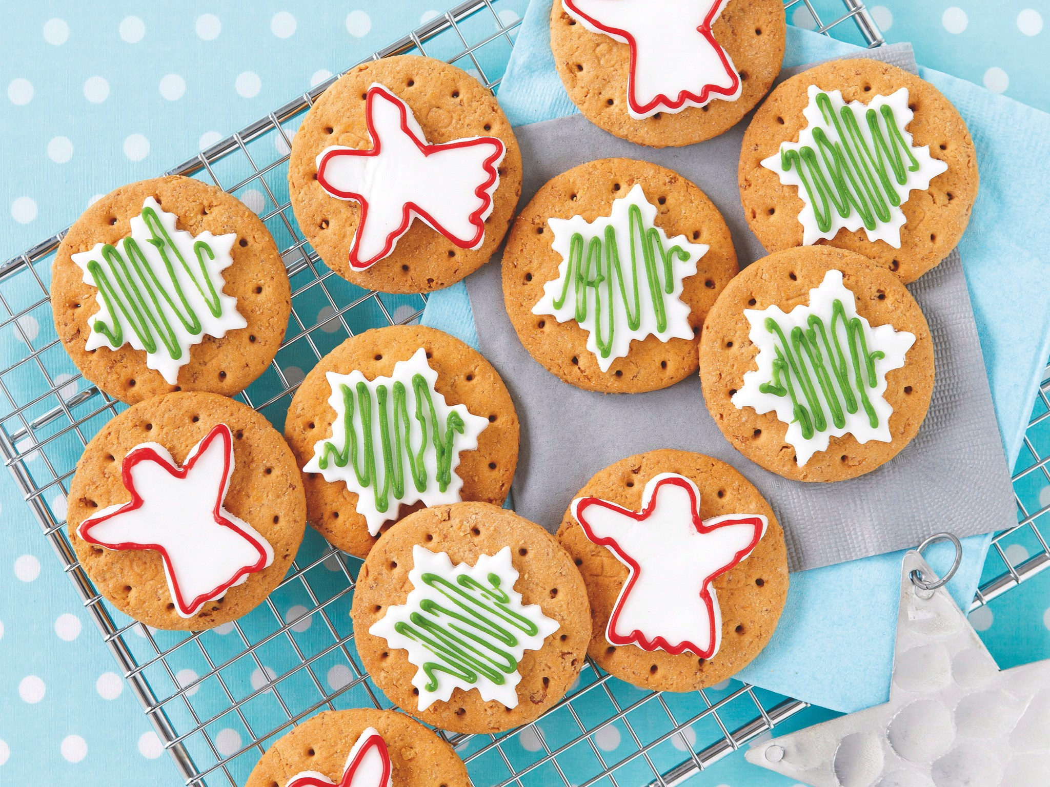 "[Easy Christmas cookies](http://www.foodtolove.com.au/recipes/easy-christmas-cookies-5276|target=""_blank"")."