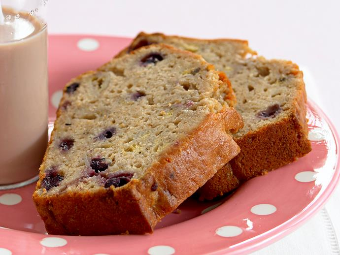 "**[Banana and blueberry bread](https://www.womensweeklyfood.com.au/recipes/banana-and-blueberry-bread-19900|target=""_blank"")**"